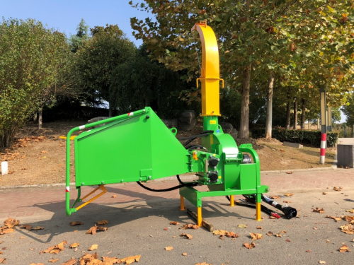 wood-chipper-wood-shredder 3-point hitch