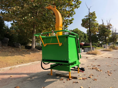 wood-chipper-wood-shredder side view