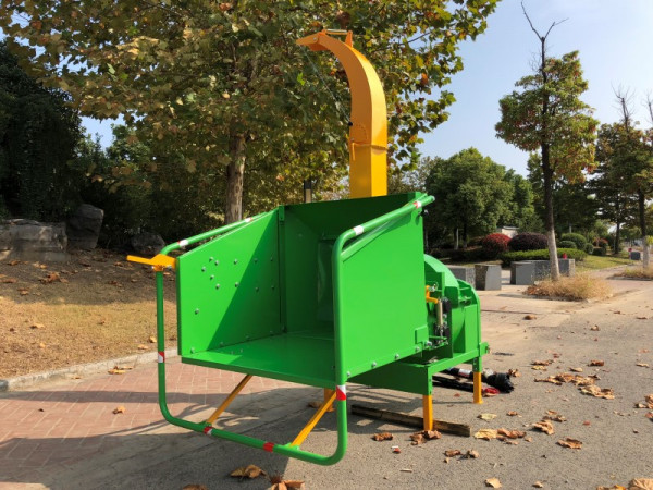 wood-chipper-wood-shredder hydraulic